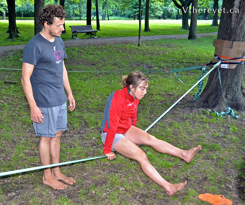 DSC 8213 Yoga + Slacklining in Montreal 